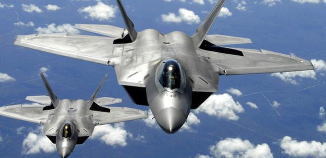 ABD ve Rus jetleri burun buruna geldi