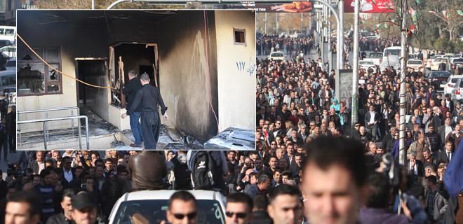 Parti merkezleri ateşe verildi