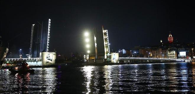 İki köprü bu gece trafiğe kapanacak