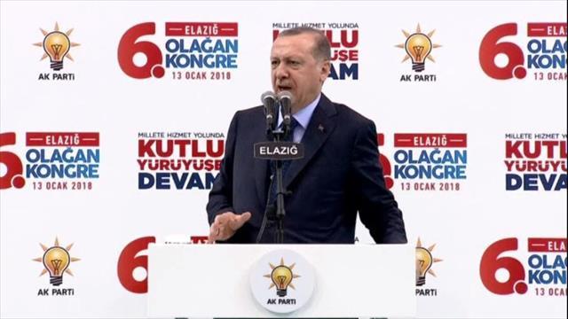 Erdoğan: Afrin'i başlarına yıkacağız