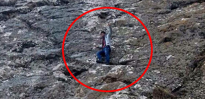 50 metrelik kayaya çıktı inemedi...