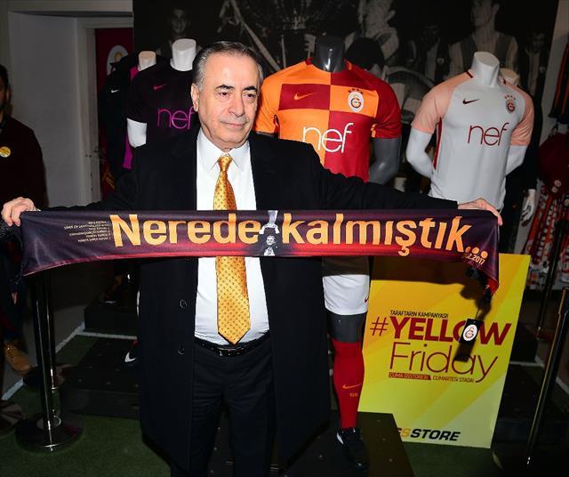 Galatasaray taraftarlarından 'Yellow Friday' çılgınlığı