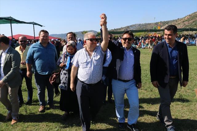 Antalya'da başpehlivan Ali Gürbüz oldu