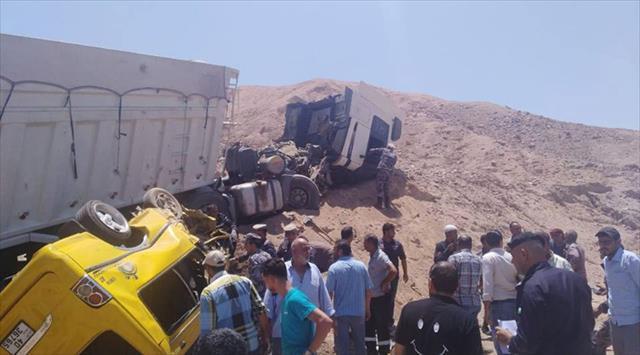 Ürdün'de katliam gibi kaza: 7 ölü, 1 yaralı