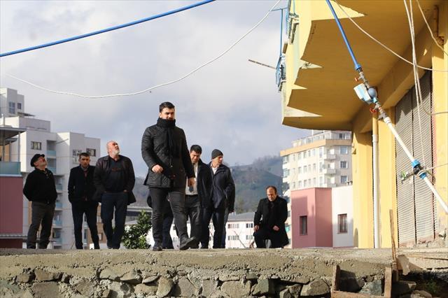 Tahliye edilen 8 katlı binada inceleme başlatıldı