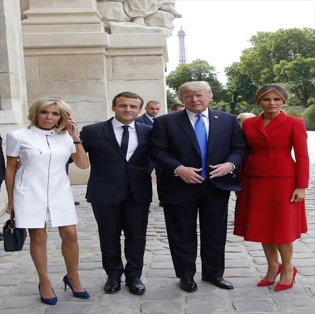 Macron, Trump'ı resmi törenle karşıladı