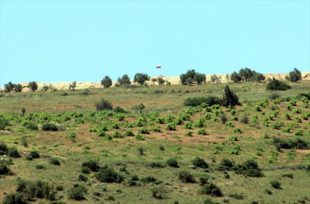 Suriye'deki sınır kapılarının çoğu terör örgütlerinin elinde