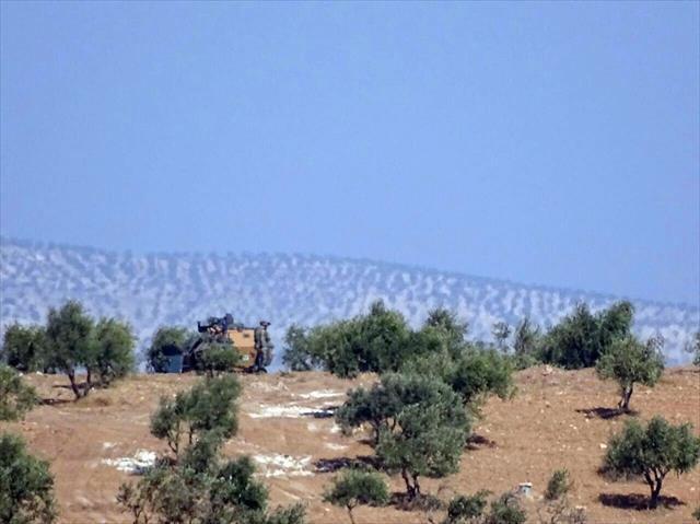 Türk askeri Suriye sınırından 5 kilometre içeriye girdi