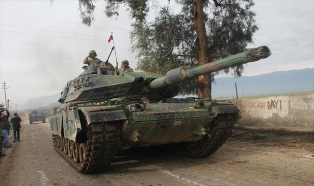 Tanklar Afrin'e ilerliyor