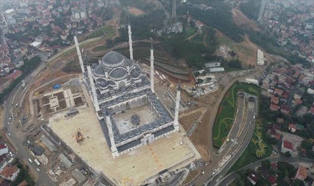 Çamlıca Camii'nde son hali havadan görüntülendi