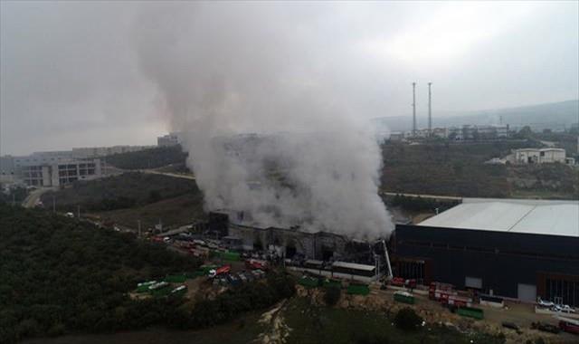 Fabrikadaki yangının boyutu gün ağırınca ortaya çıktı