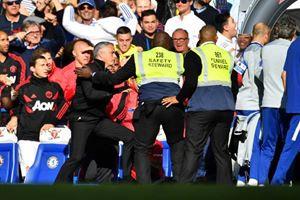 Mourinho resmen çıldırdı! O hareketi yapınca...