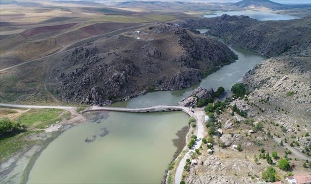 Tarihi Çeşnigir Köprüsü turizme kazandırılacak