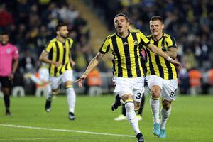 Fenerbahçe'de şok eden ayrılık kararı: 'Bize müsaade...'