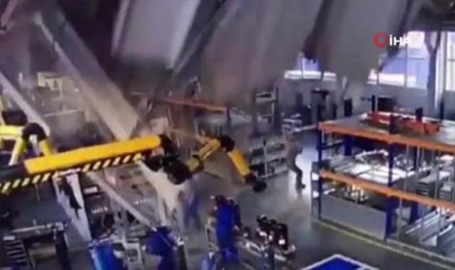 Rusya'da fabrikanın çatısı çöktü: 3 ölü, 2 yaralı