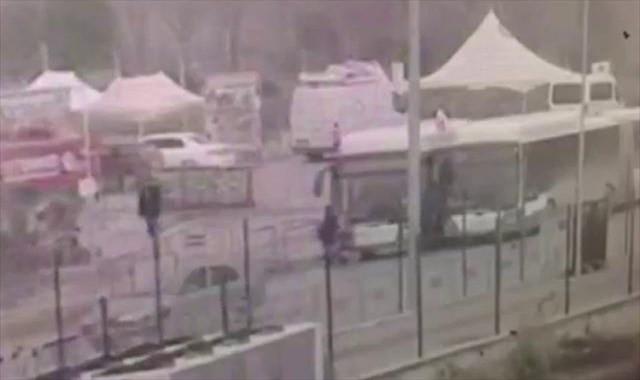Otobüs gazi ve avukatlara böyle çarptı