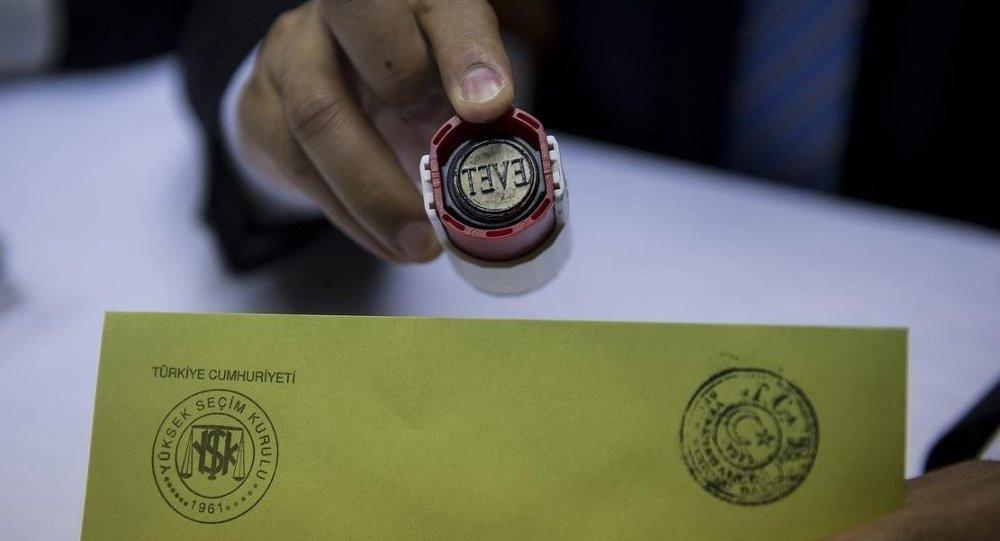 Konsensus'un anketine göre İstanbul'da partilerin oy oranlarında son durum 1.resim