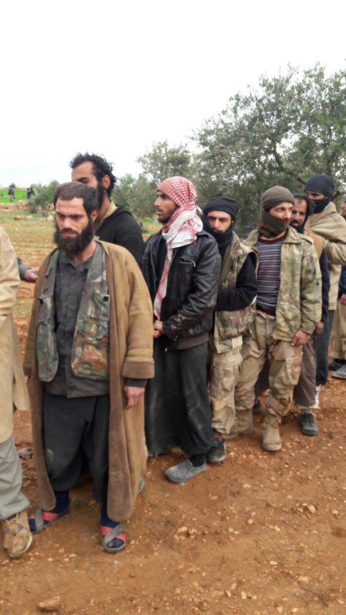 İdlib'deki DAEŞ'lılar teslim oldu 3.resim