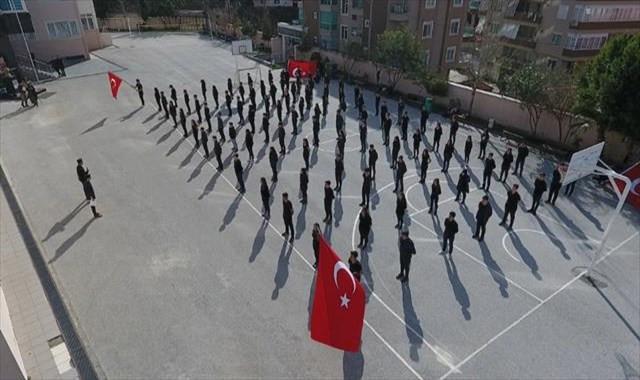 Öğrencilerden Afrin'e komando marşlı destek