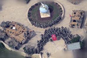 Mehmetçik Afrin'de hilal oluşturdu