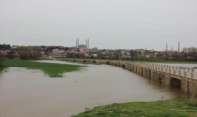 Tunca Nehri 'kırmızı alarm' seviyesine yükseldi