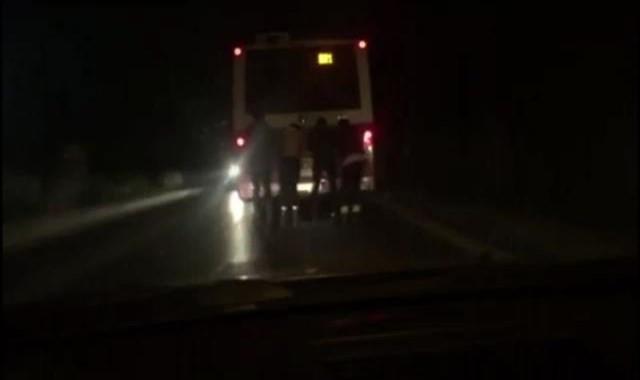 Patenli gençlerin tehlikeli yolculuğu kamerada