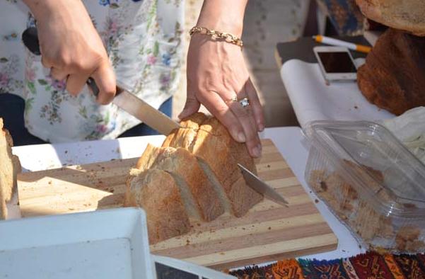 Bu ekmeğin tanesi 80 TL! Görenleri şaşırtıyor 3.resim