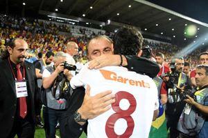 Galatasaray'ın şampiyonluk kutlamasında büyük sürpriz!