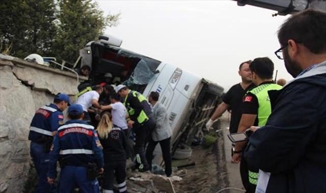 Otobüs kazasında ölü sayısı 2'ye yükseldi