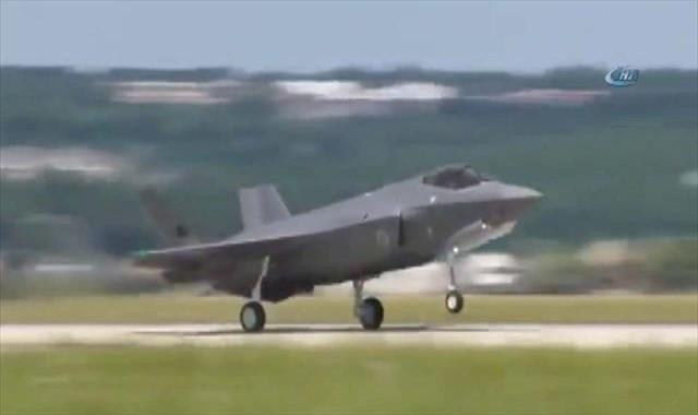 Türk F-35 Uçağı İlk Uçuşunu Yaptı