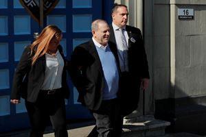 1 milyon dolar kefaletle tutuksuz yargılanacak Weinstein, GPS ile takip edi