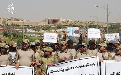 Son dakika: Barzani'ye şok! Binlerce peşmerge sokaklara döküldü 4.resim