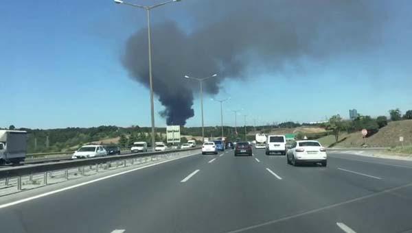 Son dakika: Kağıthane'de fabrikada yangın çıktı! 2.resim