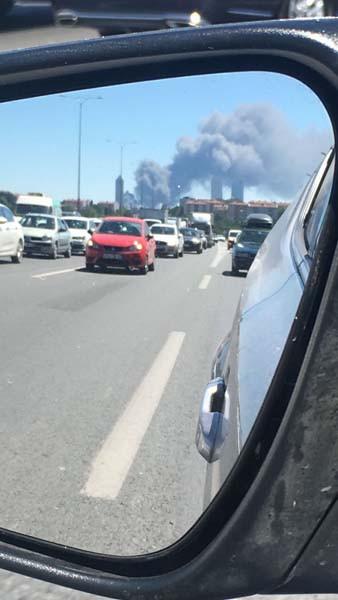 Son dakika: Kağıthane'de fabrikada yangın çıktı! 3.resim