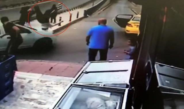 Trafikte tartıştığı şahsa böyle çarptı !