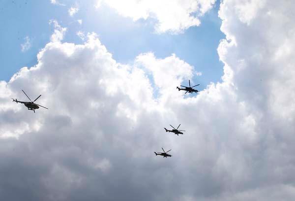 ATAK helikopterleri NATO Zirvesi'nde şov yaptı 2.resim