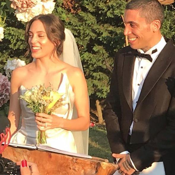 Can Bonomo ve Öykü Karayel evlendi 2.resim