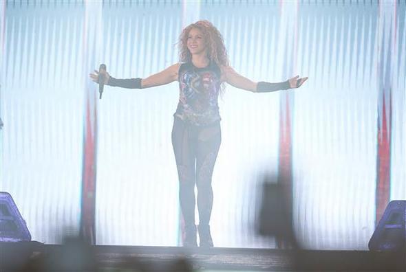 Shakira Boğaz'ı salladı! 3.resim