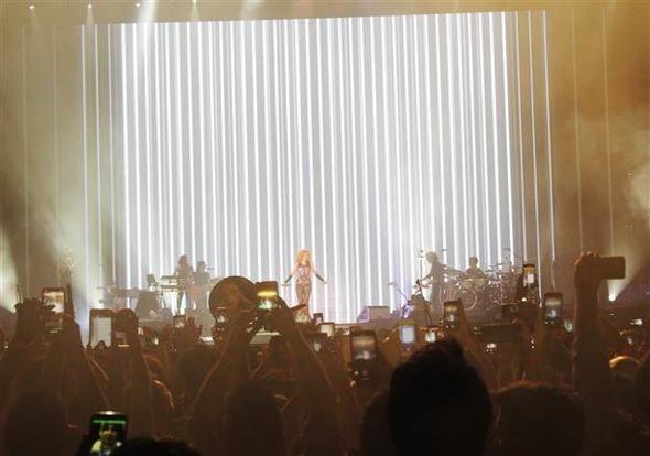 Shakira Boğaz'ı salladı! 4.resim