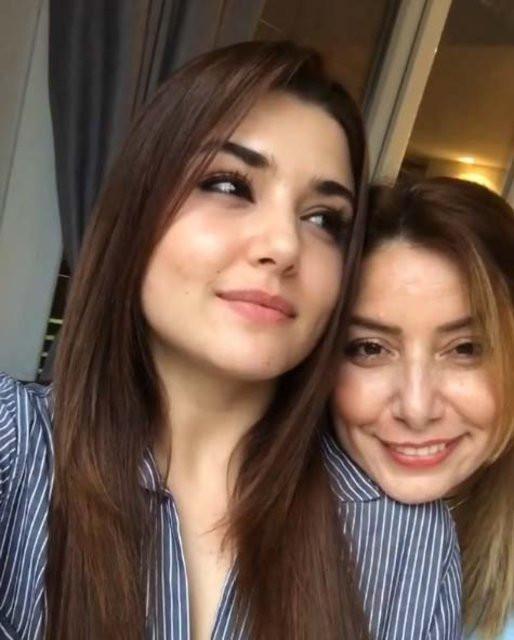 Hande Erçel'in annesi hayatını kaybetti 2.resim