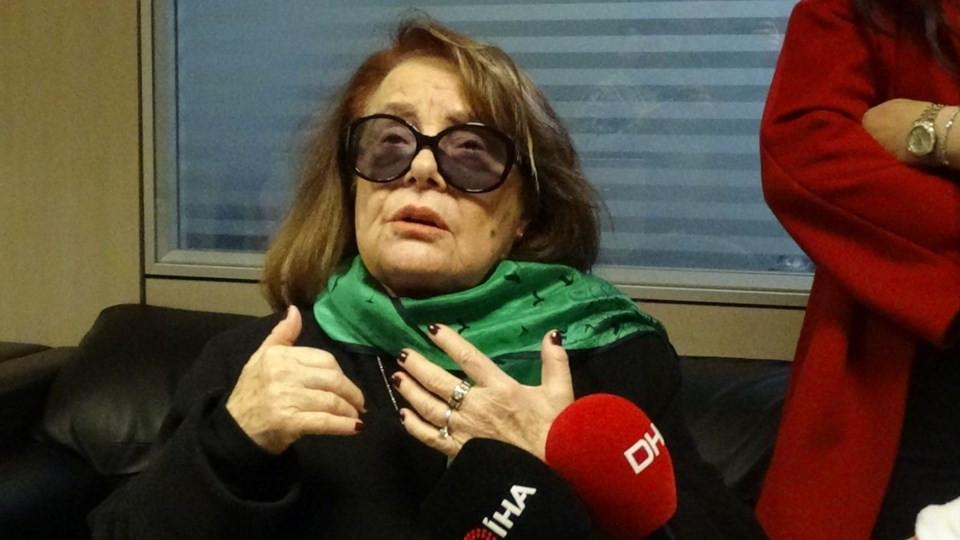Muhterem Nur: Gömlek ve yüzük sahte! 3.resim
