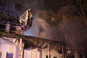 Yeşilçam filmlerinin çekildiği bina yandı