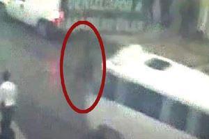 Genç kadının öldüğü kaza güvenlik kamerasında