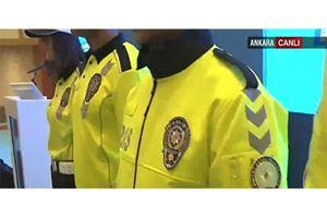 Bakan Süleyman Soylu tanıttı: İşte yeni polis kıyafetleri