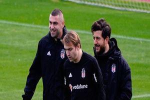Burak Yılmaz Beşiktaş ile ilk antrenmanına çıktı