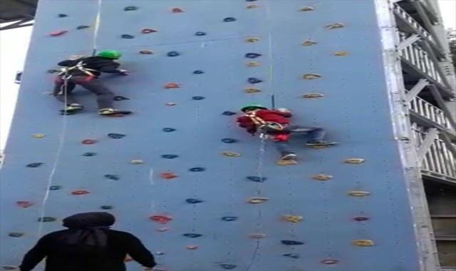 6 yaşındaki çocuk tırmanma parkurundan yere çakıldı