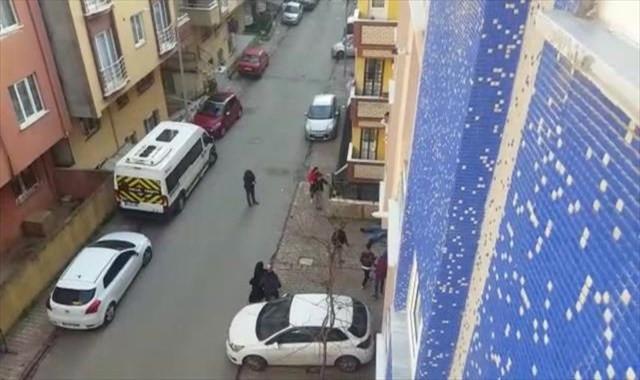 Bıçaklı silahlı kavga böyle görüntülendi