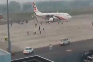 Bangladeş'teki uçak kaçırma girişimi Vurulan hava korsanı öldü