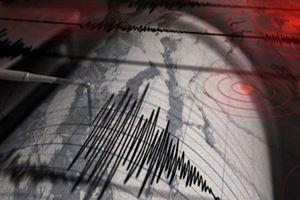 Malatya art arda 3 depremle sallandı