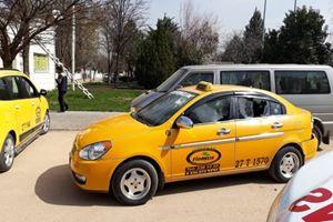 Taksicilerin yolcu kavgası: 2 yaralı